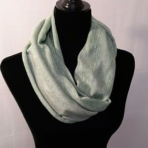 Light Green & Silver Casual Infinity Scarf